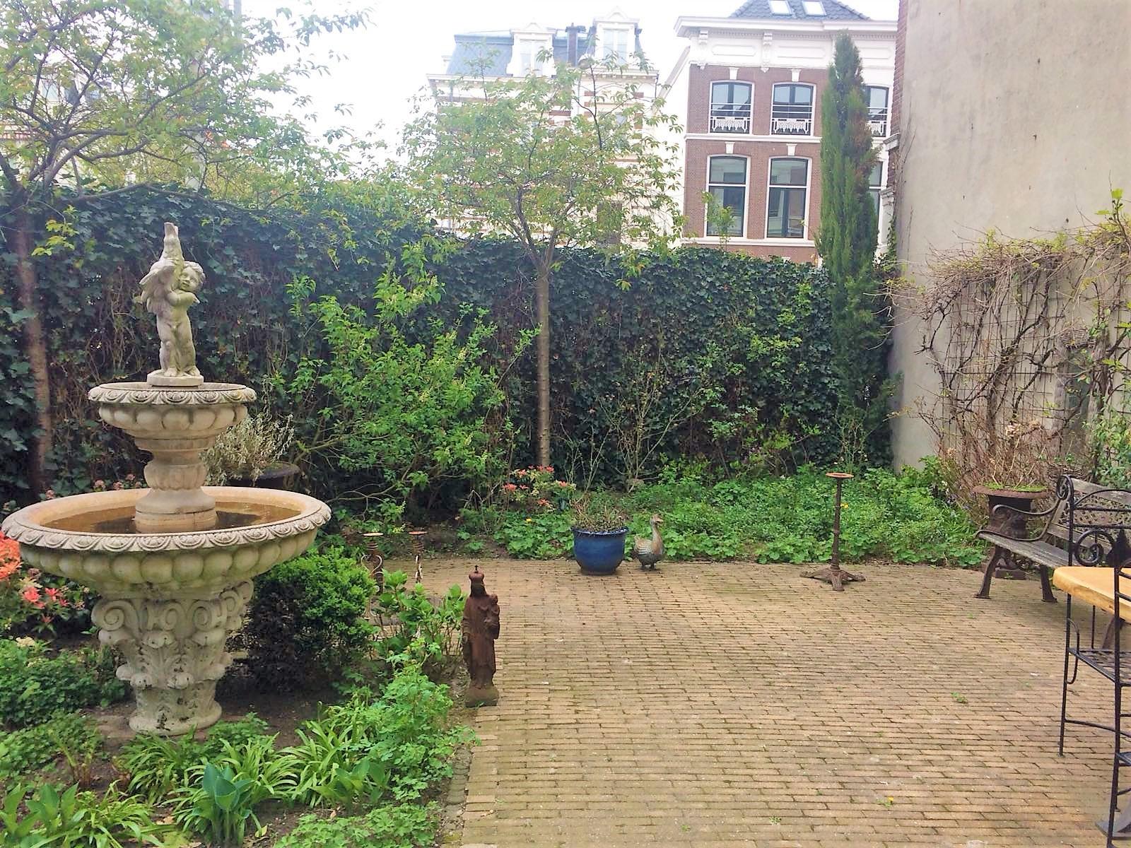 WJhoveniers.nl Bezuidenhout Den Haag Voorburg Wassenaar Zoetermeer Leiden